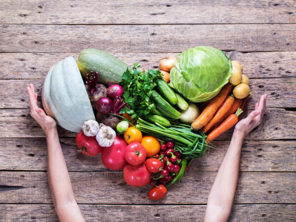 Feeding the Rainbow: A Quick Nutrition Guide to the Colors of Fruits and Veggies